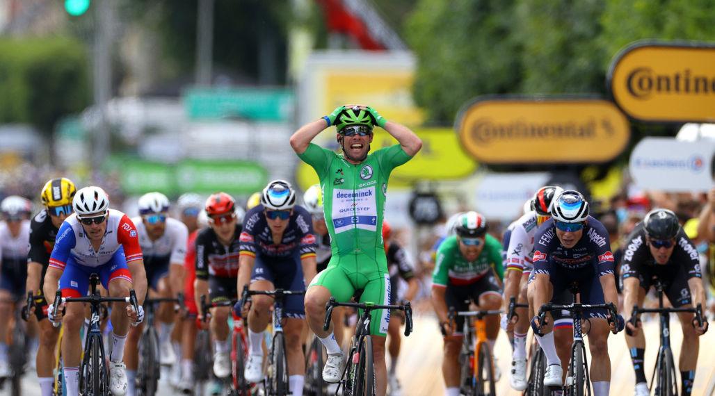 Tour de France: Cavendish crowned king of Châteauroux